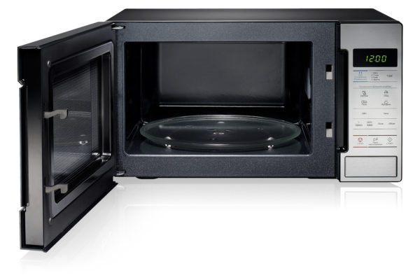 How to clean a microwave at home quickly?